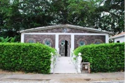 Alquilo Y/o Vendo Hermosa Casa Quinta En Carmen De Apicala
