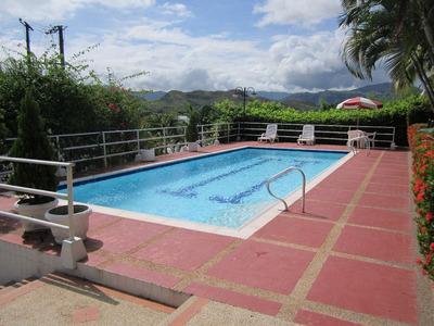 Alquiler De Casa-quinta Condominio Hacienda La Estancia